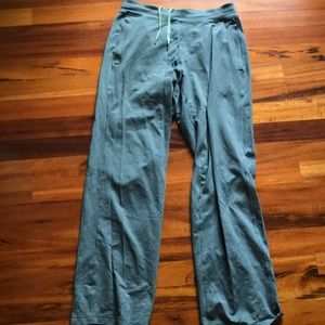 Lululemon king fu pant XL Tall grey